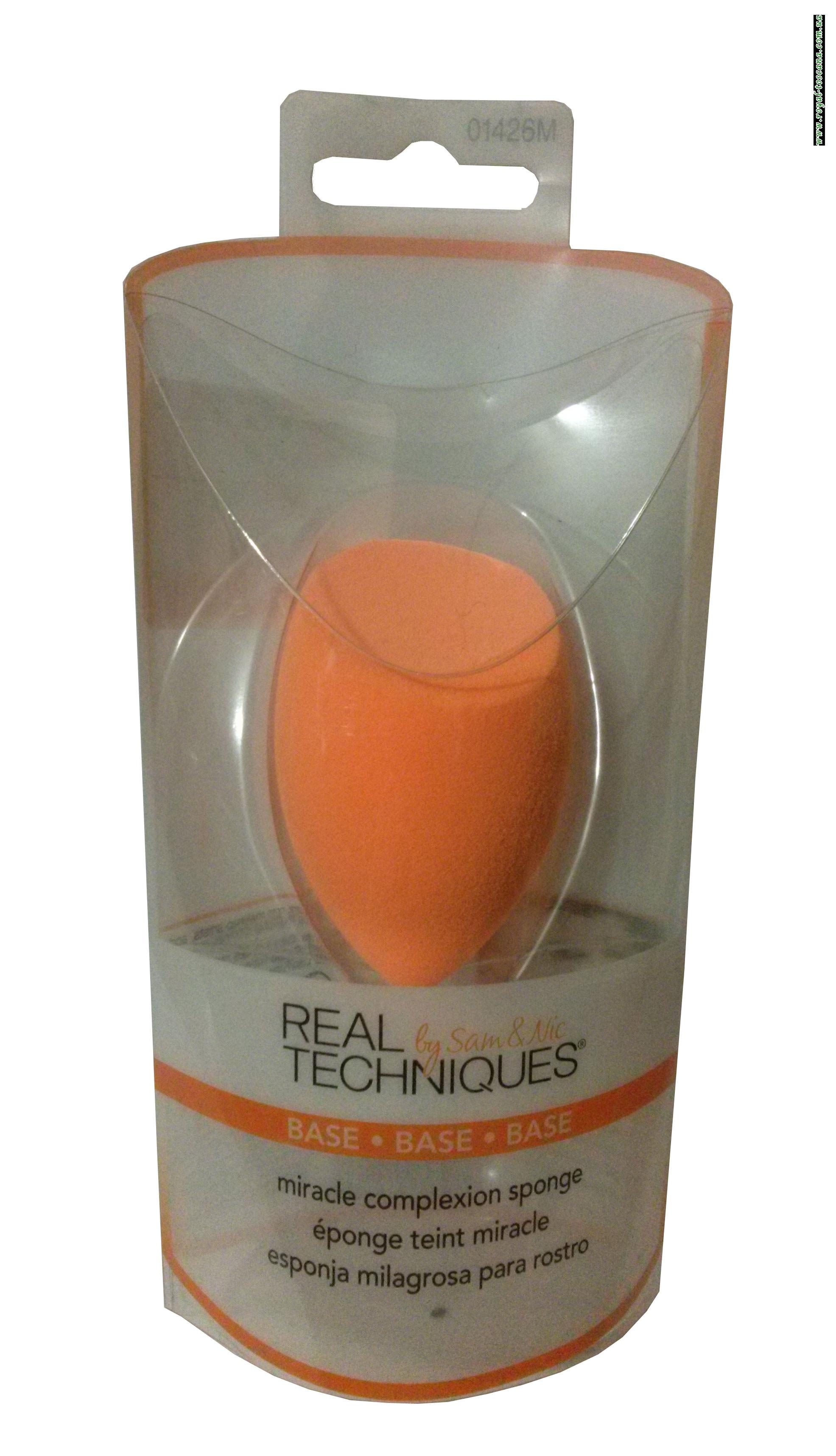 Косметический спонж для макияжа Real Techniques by Sam & Nic Chapman Miracle Complexion Sponge